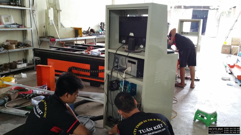 Quy trình sản xuất và lắp ráp tại xưởng CNC Tuấn Kiệt