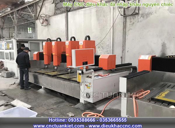 Máy điêu khắc đá CNC nhập khẩu