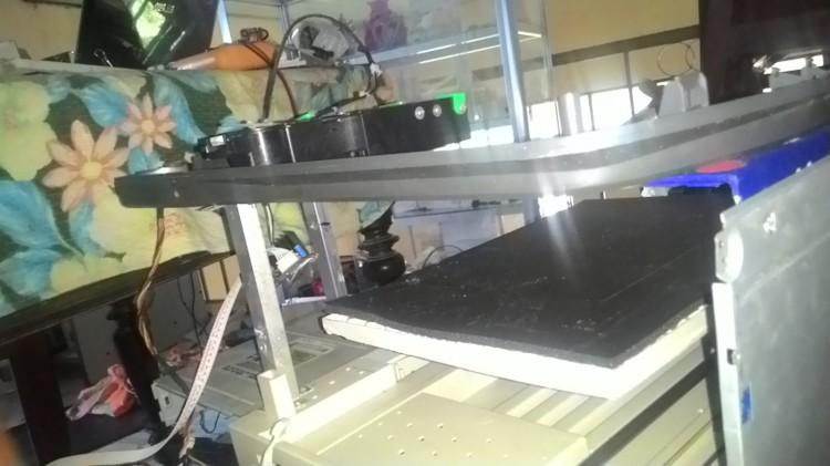 Xây dựng kiềng 3 chân cho máy khắc laser tự chế