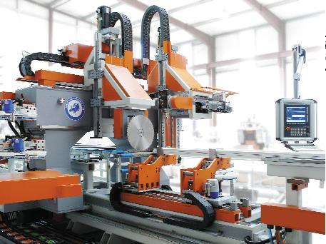Máy CNC dùng để làm gì? Nguyên lí hoạt động của máy CNC