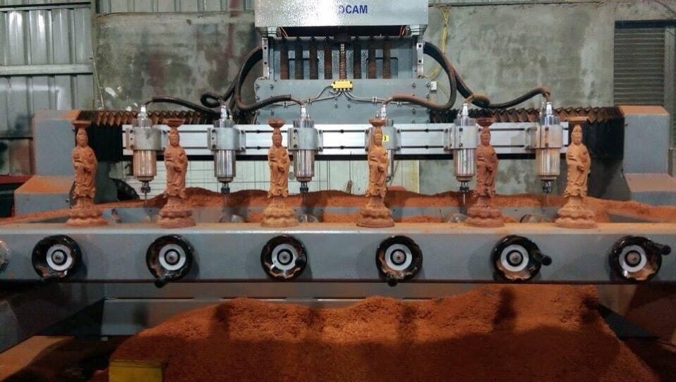Gia công khắc gỗ bằng máy CNC nhiều đầu sản xuất hàng loạt